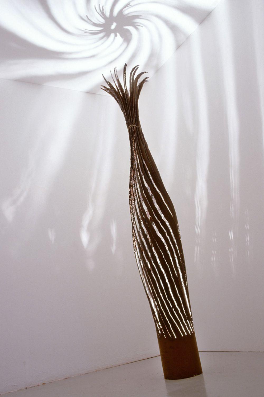 KOICEA C Sculptural Lighting : Iron