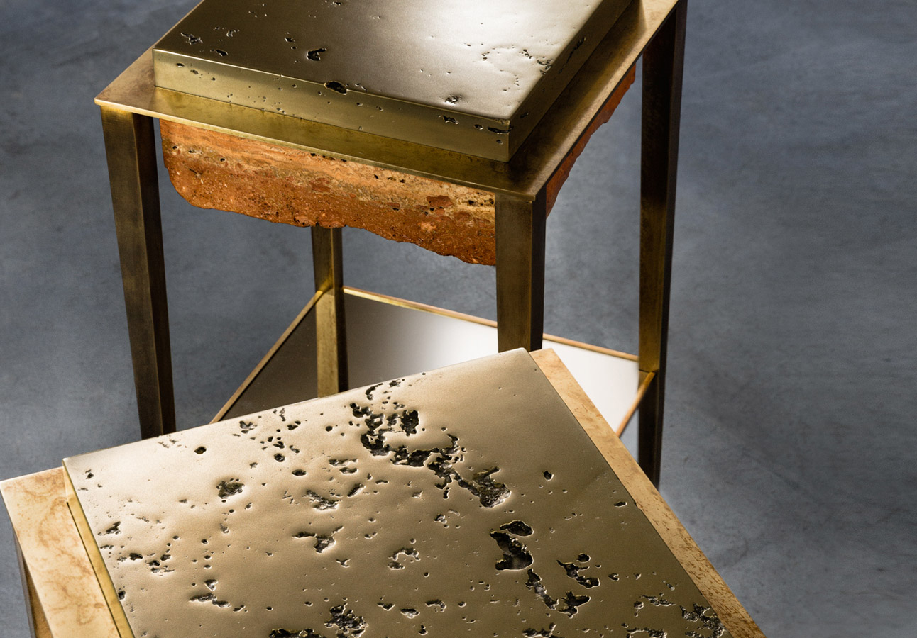 CREMINO I - Sculptural side table : Persian travertine - liquid brass - milled brass